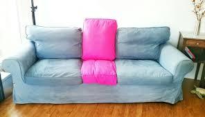 teinture housse canapé notre ikea hack sur un canapé ektorp trouvé dans la rue