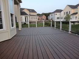 Longest Lasting Deck Stain 2017 by Best 25 Deck Colors Ideas On Pinterest Deck Deck Bench Seating