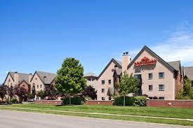 Cinetopia Living Room Overland Park by Hotel Hawthorn Suites Overland Park Ks Booking Com