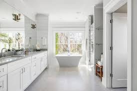 7 key things to establish when planning a master bathroom