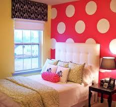 tete de lit chambre ado chambre enfant déco chambre ado fille mur pois tête lit capitonnée
