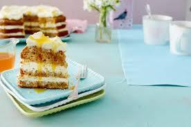 ananas rüebli torte mit orangensirup