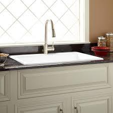 White Kitchen Sink 33x22 by 33