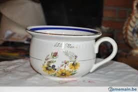 pot de chambre ancien pot de chambre de mariage avec oeil faience orchies a