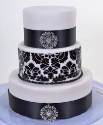 Elegant And Sophisticated Event With Black White Wedding Cakes Painted Cake Ideas
