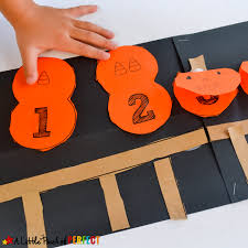 Printable Pumpkin Books For Preschoolers by 5 Little Pumpkins Flap Book Craft And Free Template