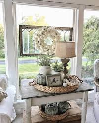 Country Living Room Ideas For Small Spaces by Best 25 Decorating End Tables Ideas On Pinterest Pallett Table