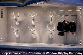 Holiday Window Display 1493522 545748792185827 1367923120 O
