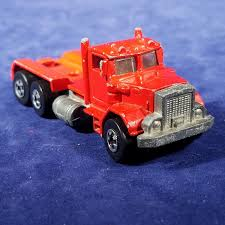 100 Semi Truck Toy Hot Wheels Hammer Down Red Diecast Peterbilt 1980 Malaysia