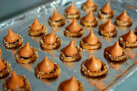 Pumpkin Spice Hershey Kisses Gluten Free by Salty Pumpkin Spice Pretzels Spabettie