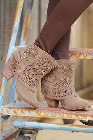 340 best shoes u0026 boots images on pinterest shoes shoe and boots