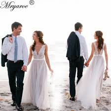 Discount Lace Appliqued Beach Wedding Dress Illusion Neckline Sleeveless Flowing Tulle A Line Rustic Garden Bridal Dresses Latest Gown