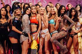 Victorias Secret Pink Halloween Panties 2015 by Tommy U0027s Angels Backstage With Tommy Ton At The Victoria U0027s Secret