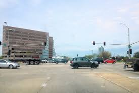 Oak Brook makes offer to avoid red light cameras near Oakbrook