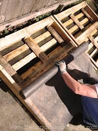 The Bunch Handcraftedstylishly DIY Pallet Veggie Garden Free Container 101
