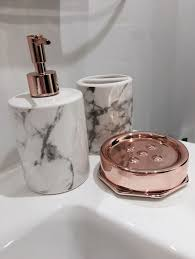 Leopard Print Bathroom Sets Canada by Best 25 Gold Bathroom Accessories Ideas On Pinterest Gold