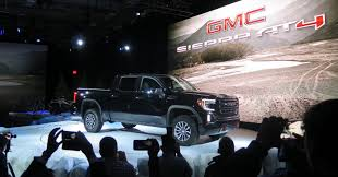 100 Road Truck GMC AT4 Offroad Truck To Take On Jeep And The Ford Raptor Unveiled