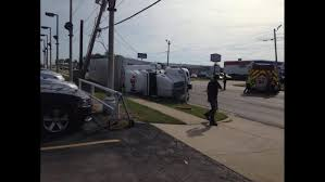 GALLERY: FedEx Truck Rolls Over, Blocks Lane In Broken Arrow | FOX23 2015 Fl Scadevo For Sale Used Semi Trucks Arrow Truck Sales Atlanta N Trailer Magazine Unique Big 7th And Pattison Sell Better By Uerstanding The Types Of Customer Visits Lvo Trucks For Sale In Ga 2014 Scadia Tractors Semis Youtube Quickly Color Quicklycolor Twitter Freightliner M2112 In Saudi Arabia