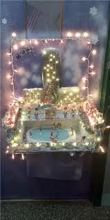 Kindergarten Christmas Door Decorating Contest by 2013 Christmas Door Decorating Contest