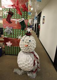 amazing christmas office decorating ideas images the office