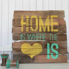 DIY Home Is Where The Heart Pallet Sign Via Lollyjane Palletart
