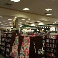 Barnes & Noble Booksellers 16 Reviews Bookstores S