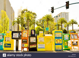 Delancey Street Christmas Trees Santa Monica by Newspaper Vending Machine Stock Photos U0026 Newspaper Vending Machine