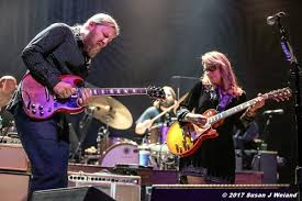 Tedeschi Trucks Band Shares Official Audio Of Neil Young Cover Gibson Derek Trucks Sg Vintage Red Sn 0061914 Gino Guitars Phishnet Vs Warren Haynes Review Tedeschi Band Jams Familystyle At Meadow Brook Rembers Uncle Former Bandmate Butch Rolling Pays Nightly Tribute To Musical Mentors Brings His Guitar Magic San Jose The Mercury News Salt Lake Magazine Learn Inspired Slide Techniques Blues Gospel Usa 2015 Signature Stain Infinity Hall Live Twin Cities Pbs