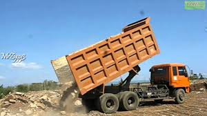 Dump Truck Mitsubishi Fuso 220PS Unloading Rocks - YouTube