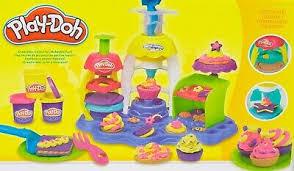 spielzeug modellieren hasbro play doh zauberbäckerei