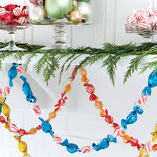 14 Christmas Decorating Hacks for the Best Holiday Ever