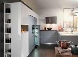 mobalpa cuisine plan de travail cuisine moderne ambiance mobalpa