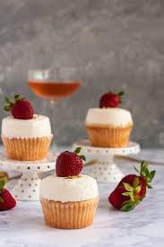 For The Sweetest Celebrations Break Out Bubbly This Recipe Champagne And Strawberry