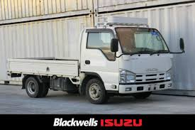 Isuzu Elf 2.0T Flat Deck, Car Licence, AMT 2014 - Blackwells | New ...