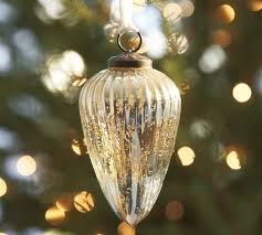 How To: Get A Pottery Barn Inspired Christmas Tree - Lauren McBride Pottery Barn Kids Cyber Week 2017 Pottery Barn Christmas Tree Ornaments Rainforest Islands Ferry Beautiful Decoration Santa Christmas Tree Topper 20 Trageous Items In The Holiday Catalog Storage Bins Wicker Basket Boxes Strawberry Swing And Other Things Diy Inspired Decor Interesting Red And Green Stockings Uae Dubai Mall Homewares Baby Fniture Bedding Gifts Registry Tonys Top 10 Tips How To Decorate A Home Picture Frame