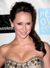 Save Jennifer Love Hewitt Brown Formal Side Ponytail Hair Wedding Guest Like This Hairstyle