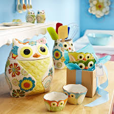 Quirky Owl Kitchen Accessories Are Sure To Bring Smiles I Have The Measuring Cups Thanks Lil Sis