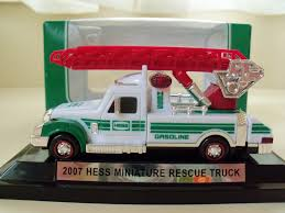 100 2007 Hess Truck Miniature S By The Year Guide Pinterest