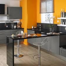 cuisine jaune et blanche decoration cuisine gris cuisine et grise deco style