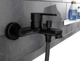 schütte design wannenarmatur denver badewannenarmatur mit 1 2 brauseanschluss einhebelmischer bad schwarz matt