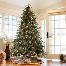 7ft Artificial Christmas Tree With Lights by Best 25 7ft Christmas Tree Ideas On Pinterest 12 Ft Christmas