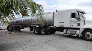100 Fuel Trucks US Exporters Rely On To Meet Mexicos Demand