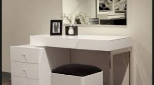 Modern Bedroom Vanity Table Modern Vanity Table With Mirror And
