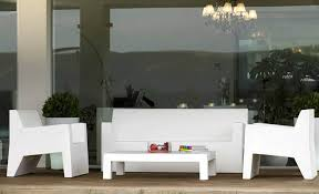 Amazing White Modern Patio Furniture Outdoor Design Of Jut Butaca And Mesa 60
