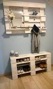 Reclaimed Wood Shelf Diy by 15 Creative Diy Reclaimed Wood Pallet Shoe Rack Shoe Rack Wood