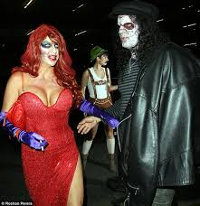Halloween Prescription Contacts Uk by Beware Novelty Contact Lenses How The Popular Halloween