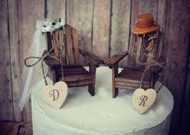 January Etsy Round Up Woodgrain Wedding Decor Rustic Cake ToppersUnique