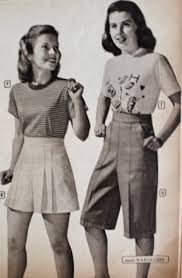 1940s Teenagers Wearing Short Crop Pants And T Shirts