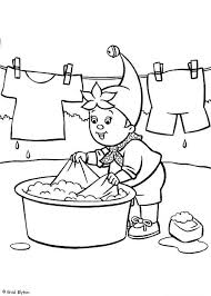 Noddy Hand Washing His Clothes Coloring Pages