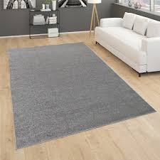 teppich für wohnzimmer einfarbig kurzflor schlicht und modern in dunkel grau
